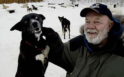 Author of outdoor novels has gone to the dogs - The Salt Lake Tribune