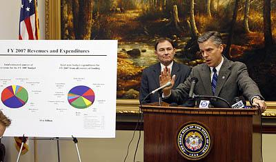 Governor Jon Huntsman Jr. and Lt. Gov Gary Herbert in a press conference where Huntsman announced his budget recommendations for 2007.
