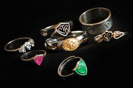 Choose The Right rings are available in hundreds of styles for prices from less than $1 to well over $200. The logo has been translated into Spanish (