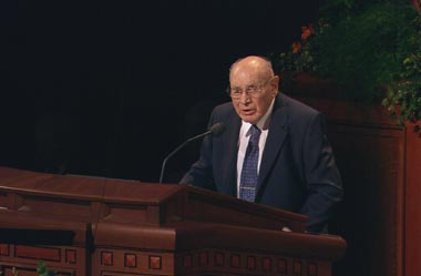 Elder Joseph B. Wirthlin speaks during a recent LDS Church conference.