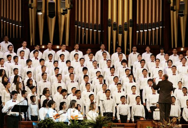 This fireside for Latino Latter-day Saints in 2005 at the church's Conference Center was a moving experience for the 20,000 who attended. The program, spoken mostly in Spanish, included a youth choir, hymns and talk of growth in South America of the LDS Church. file photo by Danny Chan La 9-18-2005