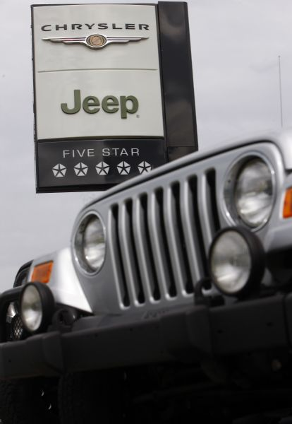 Chrysler to match 39 cash for clunkers 39 incentive for for Jeep dealer colorado springs motor city