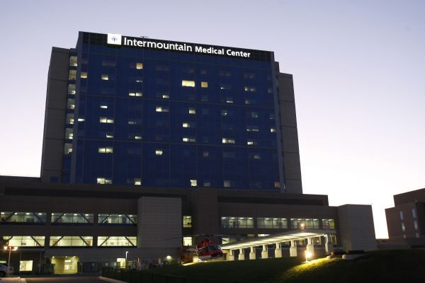 The Intermountain Medical Center in Murray photographed Tuesday August 25, 2009. Intermountain Medical Center's cost-cutting initiatives that maintain quality are being called out by health care reformers as examples that should be more broadly practiced.