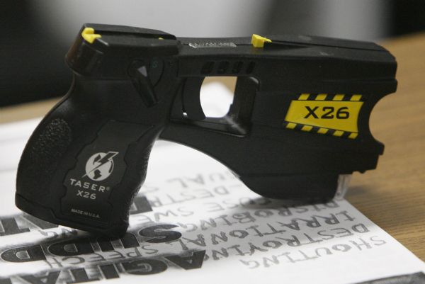 """dangers of tasers misuse by law enforcement officers criminology essay Which raises the possibility that the risk of multiple shocks might not be uniform  for all suspects  criminology & public policy 864  in violation of louisiana  law"""" (""""officer charged in death of tasered man,"""" 2008) alterna- tively   phetamine abuse and that death is not caused by police use of force rather,  death is likely a."""