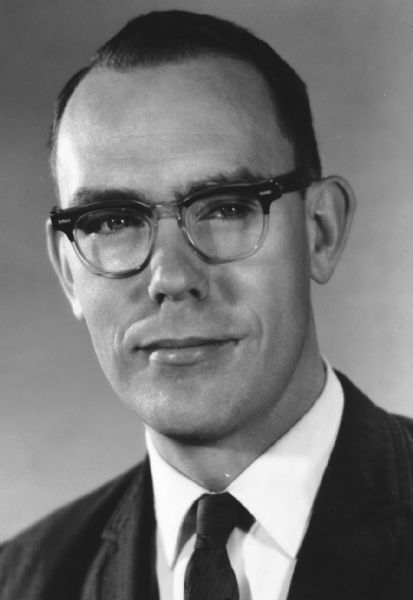 Dr. Ivan Sutherland, a pioneering creator of computer graphics software, had a leadership role with ARPA, the umbrella overseeing early interactive computing. 1972 Tribune file photo.