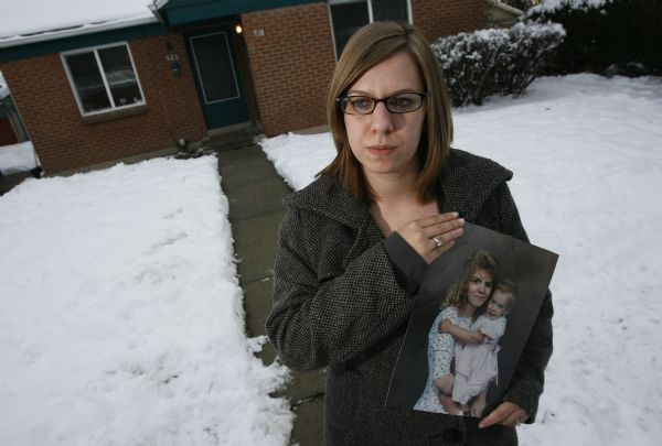 Salt Lake City - Stephanie Cook, now 20-years-old, last saw her mom at the age of 5 when she went missing back in 1995. Bobbi Ann Campbell had just dropped off her daughter at a friends house and was planning on picking up her pay check, going to the bank and then the grocery store.  Turns out she never even made it to pick up her check and her whereabouts have been a mystery since then.