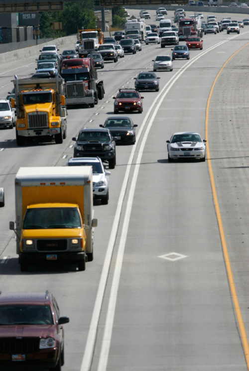 What Is Hov Lane >> Hov Lanes Are Faster Safer But Some Drivers There Illegally The