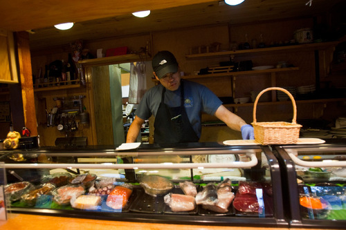 Beautiful Chris Detrick | The Salt Lake Tribune U0026#xA;Manager Jiro Bannai Makes Sushi