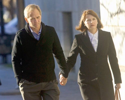 Al Hartmann  |  The Salt Lake Tribune   Ed and Lois Smart walk into Federal Court in Salt Lake City for a 2009 hearing on Brian David Mitchell's mental competancy.