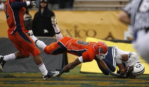 Trent Nelson     The Salt Lake Tribune BYU receiver Cody Hoffman (2) pulls down a touchdown pass, with UTEP's Antwon Blake defending, as BYU defeats UTEP in the New Mexico Bowl, college football Saturday, December 18, 2010 in Albuquerque, New Mexico.