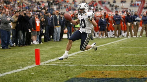 Trent Nelson  |  The Salt Lake Tribune BYU running back JJ Di Luigi (10) runs for a touchdown as BYU defeats UTEP in the New Mexico Bowl, college football Saturday, December 18, 2010 in Albuquerque, New Mexico.