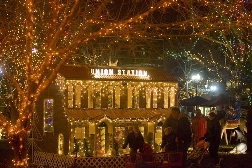 paul fraughton the salt lake tribune a small scale version of ogdens union station decked - Lights For Christmas Village