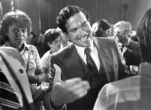 An exuberant Kit Bond celebrates his victory over Lt. Gov. Bill Phelps in the Aug. 5, 1980, Missouri Republican gubernatorial primary during his campaign to recapture the office he had lost four years earlier.  Courtesy David Rees/Columbia (Mo.) Daily Tribune
