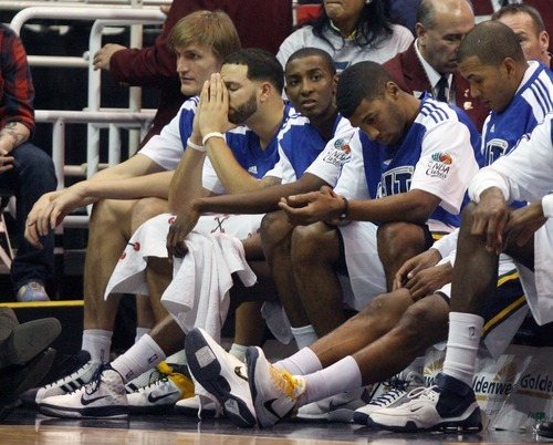 Steve Griffin  |  The Salt Lake Tribune   Jazz players hang their heads as they wait for the final horn in their blowout loss to the Atlanta Hawks at EnergySolutions Arena in Salt Lake City Wednesday, January 5, 2011.