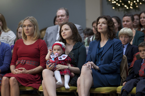 BIG LOVE episode #46: Chloe Sevigny, Keegan Holst, Ginnifer Goodwin, Jeanne Tripplehorn. Courtesy Image