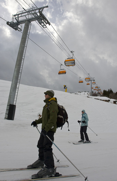 Al Hartmann  |  The Salt Lake Tribune  Tough snow conditions over the holiday weekend forced skiers and boarders at Canyons Resort to pause now and then to regain control of their leg muscles.