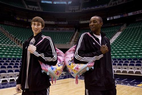 Jazz Rookies Hayward Evans Become Brothers The Salt Lake Tribune