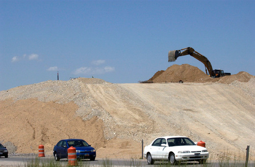 An audit of contract award in the $1.1 billion I-15 reconstruction through Utah County dinged the Utah Transportation Department on several points. The review said documentation was lacking, some requirements of the bid were unclear and it cited several conflict-of-interest issues. Tribune file photo