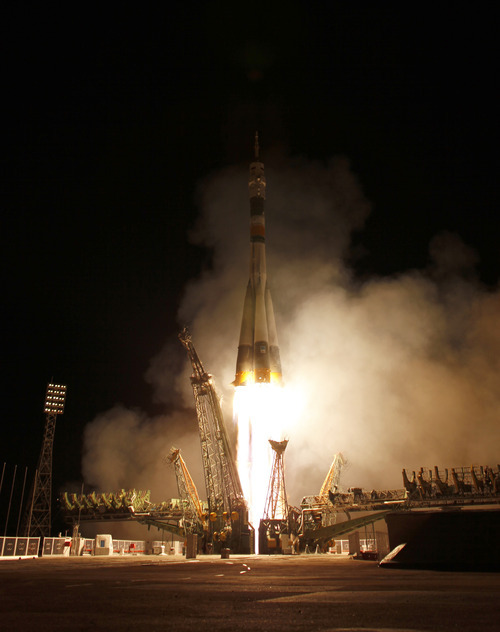 The Soyuz TMA-21 launches from the Baikonur Cosmodrome in Kazakhstan on Tuesday, April 5, 2011 carrying Expedition 27 Soyuz Commander Alexander Samokutyaev, NASA Flight Engineer Ron Garan and Russian Flight Engineer Andrey Borisenko to the International Space Station. The Soyuz, which has been dubbed