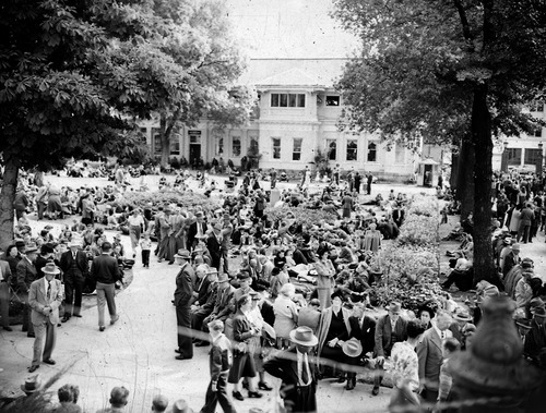 File photo   The Salt Lake Tribune   Crowds gather at Temple Square during an October session of General Conference in 1949.