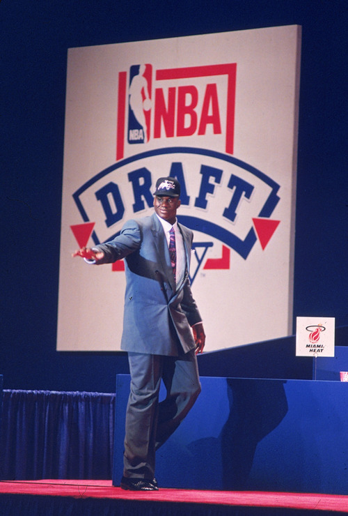 This June 25, 1992 file photo shows Louisiana State University player Shaquille O'Neal waving to the crowd after he was picked first by the Orlando Magic team in NBA Draft at Memorial Coliseum in Portland, Ore.  O'Neal says on Twitter that he's