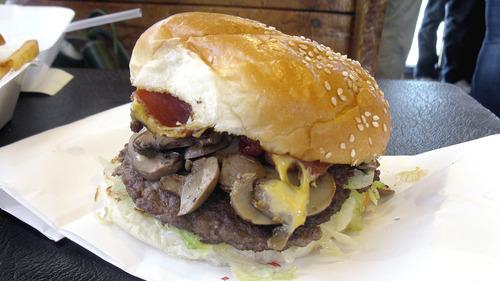 Top 10 Our Picks For The Best Burgers In Utah The Salt Lake Tribune