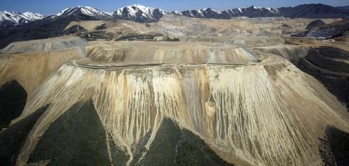 Francisco Kjolseth  |  The Salt Lake Tribune Kennecott's planned expansion has cleared yet another state hurdle, one that would extend the life of the mine, but one clean-air advocates fear would worsen pollution. This recent aerial view came from a plane supplied by EcoFlight, a Colorado-based conservation group.