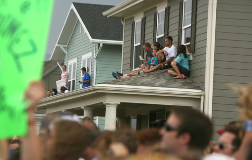 Leah Hogsten  |  The Salt Lake Tribune Thousands of fans of the show and even their new neighbors across the street welcomed the Gomez family home.    Jessica Gomez and her two children, Ellie, 5, and Jonah, 7, arrived at their new home in Daybreak from