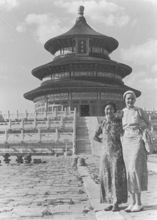 Helen Snow and student activist Li Min visiting the Temple of Heaven in Peking. Photograph courtesy of the Helen Foster Snow Papers at Brigham Young University, Perry Special Collections, Harold B. Lee Library.