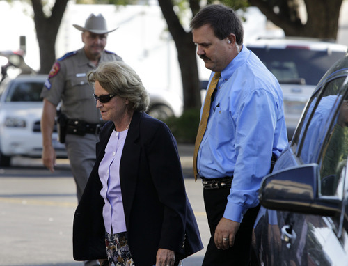 Barbara Walther, 51st District judge, arrives at the Tom Green County Courthouse in San Angelo, Texas, for the second day of the sexual assault trial against polygamist leader Warren Jeffs on Thursday, July 28, 2011. Jeffs is charged with two counts of sexual assault of a child at a compound south of the oil and gas town of San Angelo.  (AP Photo/Tony Gutierrez)