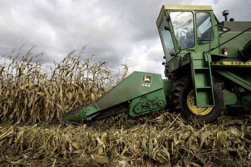 (AP Photo/Carolyn Kaster, file) Although farmland values are lowest in the West, U.S. values averaged $2,350 per acre for 2011, up 6.8 percent from the previous year.