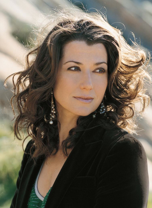 Singer Amy Grant headlines the Anne Stirba Cancer Foundation's Concert of Hope to Cure, a breast-cancer fundraiser, this weekend at Abravanel Hall.