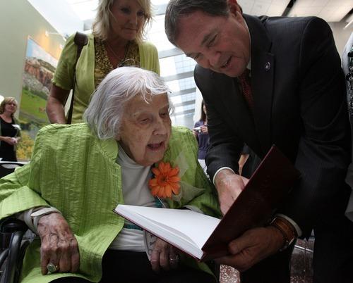 Steve Griffin  |  The Salt Lake Tribune   Margarete Hicken, who was born in Pforzheim, Germany in 1906, looks over her book