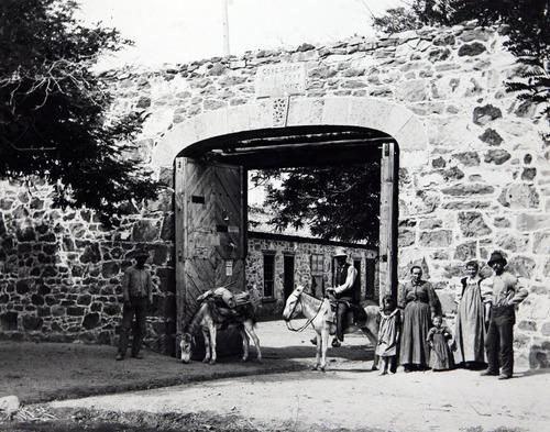 Francisco Kjolseth     The Salt Lake Tribune Cove Fort, Utah, during the 1865-72 Black Hawk War. Courtesy Utah Historical Society