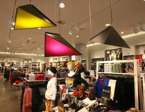 Store at the fashion place mall in murray on thursday nov 10 2011