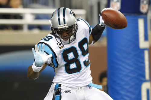 Carolina Panthers wide receiver Steve Smith (89) celebrates his touchdown reception in the first quarter of an NFL football game against the Detroit Lions in Detroit, Sunday , Nov. 20, 2011. (AP Photo/Rick Osentoski)