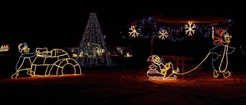 trent nelson the salt lake tribune fantasy at the bay is a drive through - Willard Bay Christmas Lights