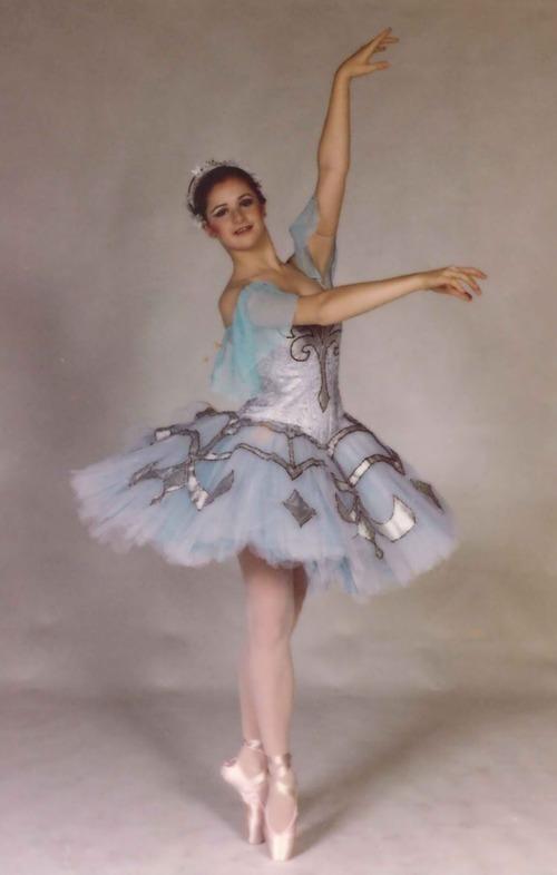 Ballet West dancer Melanie Watts in a 1980 performance.  Courtesy Melanie Watts Robbins