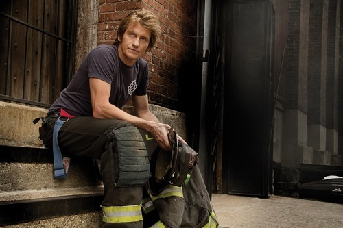 Denis Leary stars as Tommy Gavin in