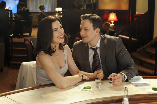 Alicia (Julianna Margulies) and Will (Josh Charles) on