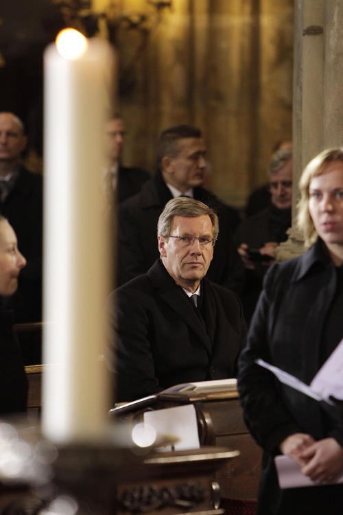 German President Christian Wulff attends the state funeral of former Czech President Vaclav Havel in the St. Vitus Cathedral in Prague, Friday, Dec. 23, 2011. Havel died Sunday, Dec. 18, at age 75. (AP Photo/Markus Schreiber)