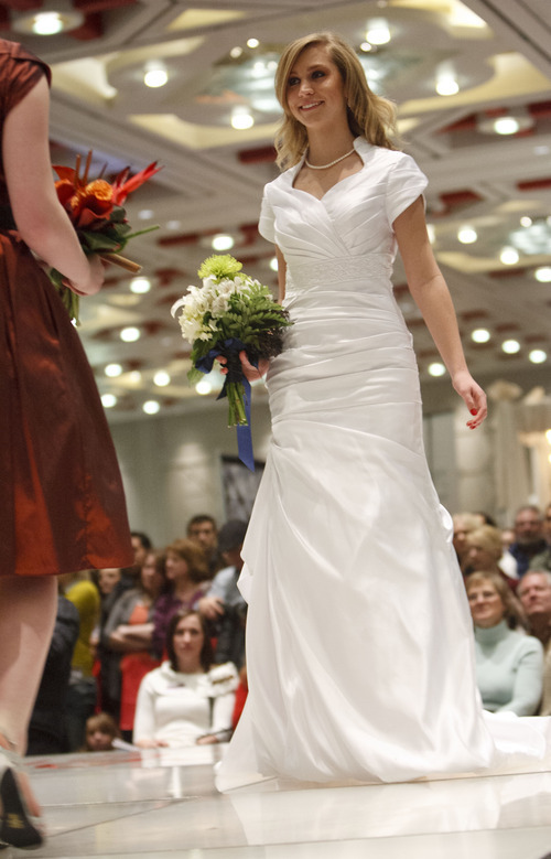 The Bridal Extravaganza has been putting on Utah's biggest and best bridal shows for over 15 years! Come visit one of our shows at some of Utah's most popular venues, hotels, and convention centers. Our shows help prospective brides plan the wedding of their dreams in a one-day, one-stop wedding shopping experience all at one convenient.
