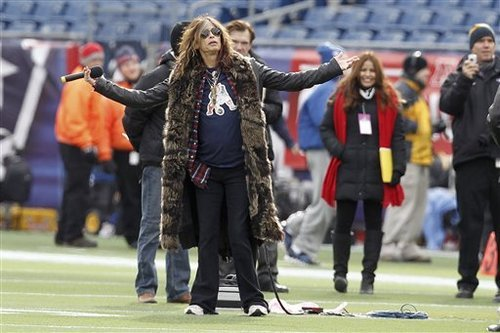 Aerosmith frontman Steven Tyler practices before the AFC Championship NFL football game between the New England Patriots and Baltimore Ravens Sunday, Jan. 22, 2012, in Foxborough, Mass. He sang the national anthem. (AP Photo/Winslow Townson)