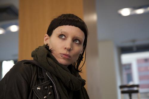 Rooney Mara plays hacker Lisbeth Salander in