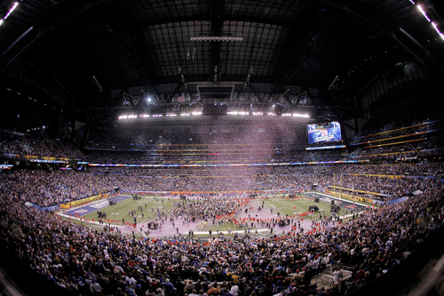Confetti falls after the NFL Super Bowl XLVI football game between the New York Giants and the New England Patriots, Sunday, Feb. 5, 2012, in Indianapolis. The Giants won 21-17. (AP Photo/Charlie Riedel)