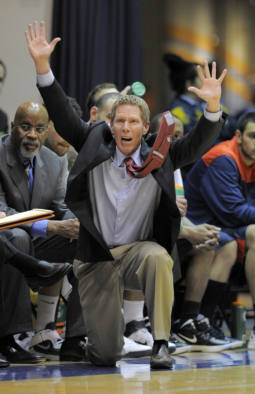 Gonzaga head coach Mark Few signals to his team during the first half of their NCAA college basketball game against Pepperdine, Saturday, Feb. 4, 2012, in Malibu, Calif. (AP Photo/Mark J. Terrill)