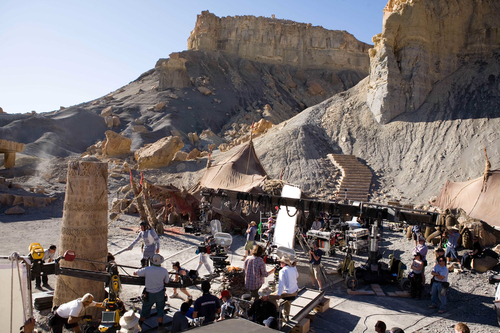 Taylor Kitsch (Carter), left, Thomas Haden Church (Tal Hajus) and Willem Dafoe (Tars Tarkas) rehearse in the Ancient Ruined City, under direction of Andrew Stanton, on location for
