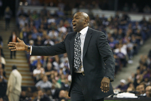Sacramento Kings head coach Keith Smart direct the Kings against the Utah Jazz during the second half of an NBA basketball game in Sacramento, Calif., Thursday, March 22, 2012. The Jazz won 103-102.(AP Photo/Steve Yeater)