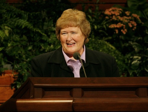 Barbara Thompson, 2nd Counselor in the Relief Society Presidency, speaks at the LDS Conference Center, during the General Relief Society Meeting Tuesday, January 4 2000 Rick Egan/The Salt Lake Tribune