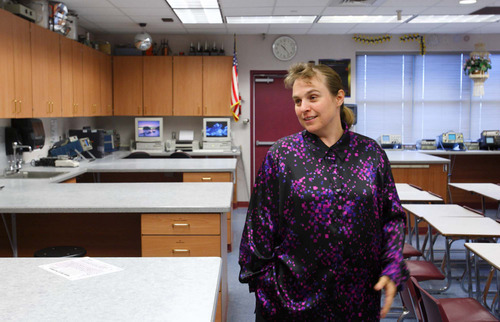Carol Timpson, principal of El Capitan Public School, seen in 2007 in the Colorado City, Ariz. school's science lab. The Salt Lake Tribune/Trent Nelson.